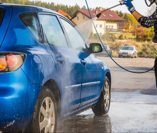 Andreatta lavaggio auto interno esterno