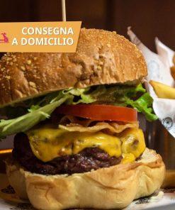 buco hamburger patate dolce e bibita